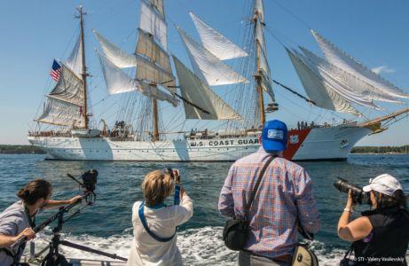 Parada w Halifax / fot. Valery Vasilevsky / Sail Training International