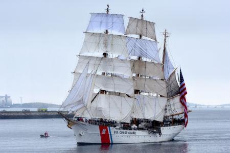USCGB Eagle / fot. Sail Boston Inc.