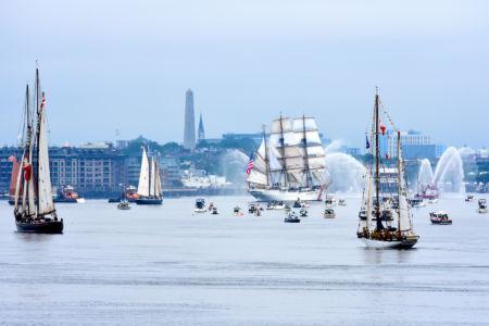 Parada / fot. Sail Boston Inc.
