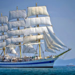 Fregata Mir pod pełnymi żaglami podczas Black Sea Tall Ships Regatta