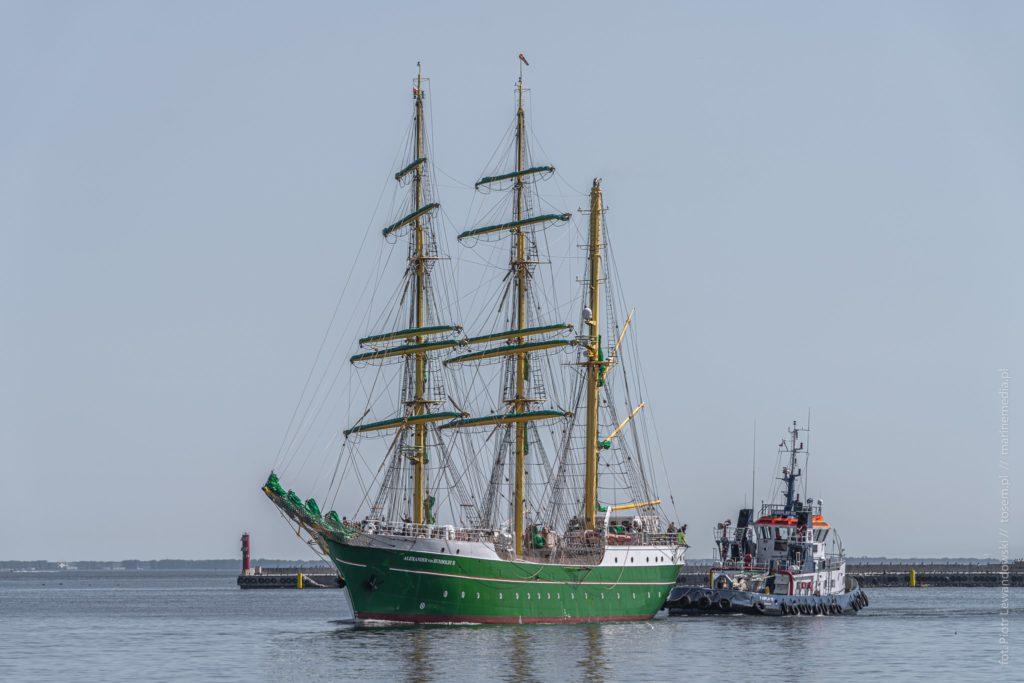 Alexander von Humboldt 2 w drodze do stoczni Nauta / fot. Piotr Lewandowski