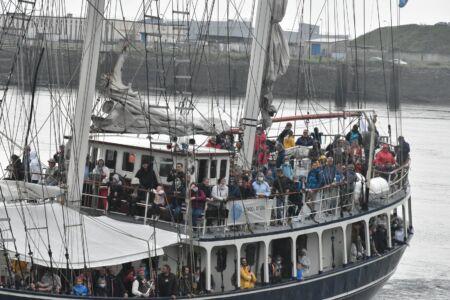 Uczestnicy rejsu na Thalassie