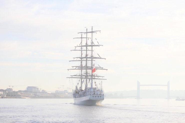 Dar Młodzieży opuszcza Bordeaux